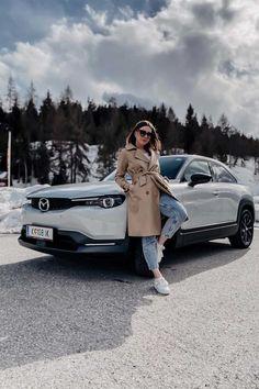 #allesinreichweite Der vollelektrische Mazda MX-30 im Alltagstest! Mazda Mx, Mocca, Coat, Fashion, Moda, Sewing Coat, Fashion Styles, Peacoats, Fashion Illustrations