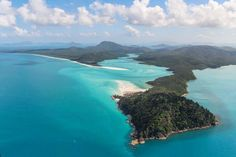 #australia #thewhitsundays #queensland #greatbarrierreef #thegreatbarrierreef #hamiltonisland #whitsundayislands #withsundays #lovewithsundays #exploreGBR #discoverqueensland #ocean #sea #aerial #fromtheair #aerialview #landing #helicopter #helicopterflight #whitehavenbeach #whitehaven #beach #paradise #tropicalbeach by rafanovielli http://ift.tt/1UokkV2