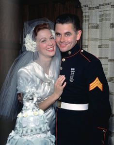 Eleanor Powell and Glenn Ford on their wedding day in 1943