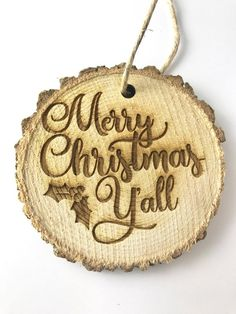 Remarkable Tips For An Incredible Shabby Chic Christmas Improving your home can be done for a number of reasons. Shabby Chic Christmas Decorations, Rustic Christmas Ornaments, Merry Christmas, Wood Ornaments, Christmas Wood, Wood Slice Crafts, Wood Burning Crafts, Wood Burning Patterns, Wood Burning Art