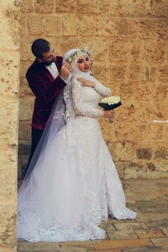 #Hijab #Bride #Beautiful // Minus the flower crown, I think this is beautiful. Lace sleeves too <3