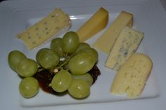 Irish Cheese-Plate - fresh and locally sourced gourmet food prepared by award-winning chefs for Connemara Equestrian Escapes guests Irish Culture, Connemara, Fine Dining, Chefs, Gourmet Recipes, Equestrian, Catering, Plate, Fresh