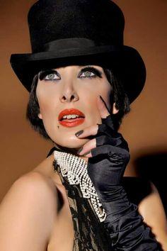 9 maggio Mizi Mia Grand Ame from Paris.  Uno show unico ed irripetibile : 100sensi