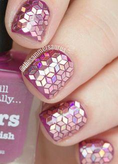 31DC2015: Glitter Placement Nail Art
