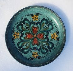 Norwegian Rosemaling in the Rogaland Style ~ Wood Bowl by FolkartbyCathy on Etsy Scandinavian Pattern, Scandinavian Folk Art, Norwegian Rosemaling, Clock Painting, Wood Bowls, Wood Turning, Pattern Design, Wax, Things To Come