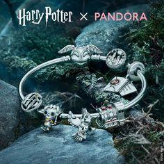 Pandora Uk, Pandora Bracelet Charms, Pandora Jewelry, Pandora Christmas Charms, Harry Potter Miniatures, Pandora Collection, Harry Potter Images, Snake Patterns, Gifts