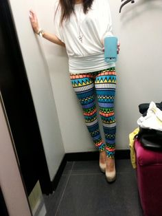 let me just say i LOVE leggins :)