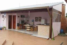 CASA NOVA, RECÉM CONSTRUÍDA, TODA MONTADA, DOCUMENTAÇÃO COMPLETA, BEM ESTRUTURADA, PÉ DIREITO 3,10 M, TELHADO COLONIAL SUPER ALTO E AREJADO... Interior Styling, Interior Decorating, Dirty Kitchen, Pole Barn Homes, Indian Homes, Outdoor Kitchen Design, Indian Home Decor, Decorating Small Spaces, Pool Houses