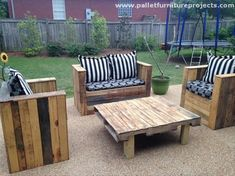 If you want to create some casual atmosphere in your garden or patio, the sofas or couches should also be designed accordingly. As we did here in this project, this four seater couch made with some fresh pallets. And the wood pallet coffee table in the middle is again a reflection of skill and expertise.