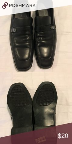 Men's shoes Normal wear and tear. No rips or stains. Perry Ellis Shoes Oxfords & Derbys