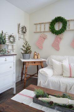Farmhouse Style Christmas Home Tour