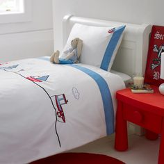 Big Blue Sea Duvet cover and pillow case >Boys bed linen >Kids' Bed Linen >Bedroom >Egyptian Cotton Bed Linen, Luxury Bed Linen, Duvets, Pillows, Towels, Table Linen >King of Cotton