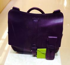 Nicky messenger in purple fullgrain leather