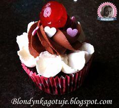 Blondynka Gotuje: Cupcakes Blondynki, czyli Czekoladowe z Ganache, K... Cupcake Cookies, Cupcakes, Cooking Recipes, Food, Cupcake Cakes, Chef Recipes, Essen, Meals, Eten