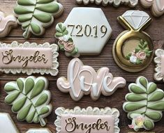 Wedding Cake Alternatives That Wow In 2019 ★ wedding cake alternatives wedding cookies Wedding Shower Cookies, Wedding Cake Cookies, Wedding Cupcakes, Wedding Desserts, Mini Desserts, Decorated Wedding Cookies, Engagement Party Cookies, Anniversary Cookies, Wedding Cake Alternatives