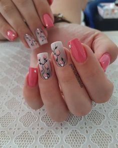 18 - 2019 - 2020 most beautiful nail models - 1 period nail designs. Nail beauty is one of the sine qua non for women. Red Nails, Hair And Nails, Cute Nails, Pretty Nails, Cute Spring Nails, Nail Art Designs, Fabulous Nails, Flower Nails, Nails Magazine