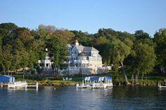 Οι πιο luxurious πόλεις με παραμυθένιες λίμνες