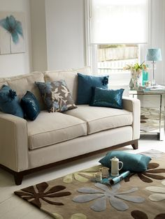teal living room accessories- would LOVE a complete makeover of my LR and use this color!
