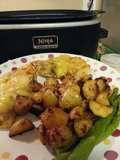 The Thrifty Rose: Spiced Potatoes and Chicken in my NINJA COOKING SYSTEM #ninjacookingsystem