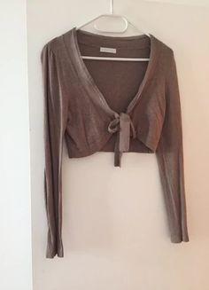 cf966bc42a Les 12 meilleures images de vêtements en ventes sur Vinted