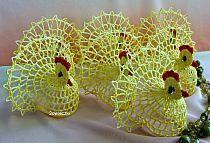 húsvéti horgolásaim - Ili Bercine - Picasa Web Albums na Stylowi. Easter Crochet Patterns, Crochet Basket Pattern, Crochet Birds, Thread Crochet, Crochet Animals, Crochet Doilies, Easter Crafts, Holiday Crafts, Crochet Chicken