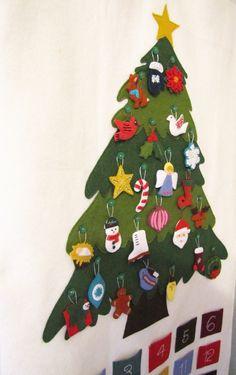 Pattern - Felt Ornament Advent Calendar Pattern, PDF, Christmas Advent Wall Hanging. via Etsy.