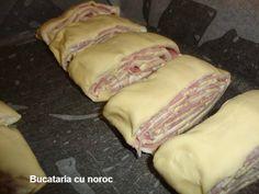 Placinta cu bacon si crema de branza - Bucataria cu noroc Romanian Food, Romanian Recipes, My Recipes, Noroc, Bacon, Beef, Couture, Meat, Haute Couture