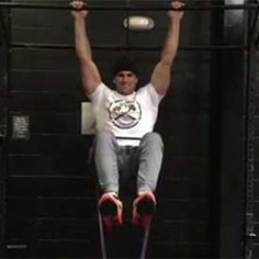 Banded hanging knee raise