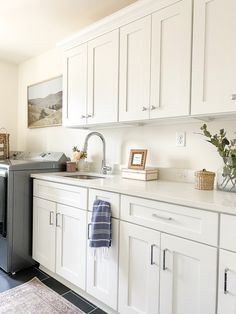 Blue Hand Towels, White Laundry Rooms, Laundry Room Cabinets, White Countertops, Cabinet Drawers, Printed Linen, Greenery, Room Decor, Content