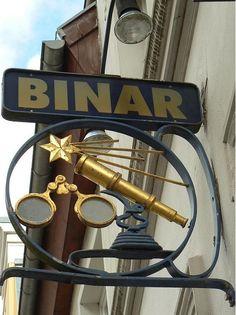 Sign of Optiker Binar in Knieperstraße, Hanseatic Town of Stralsund,