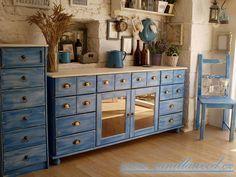 Výsledek obrázku pro skříň modrá patina