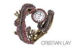 Reloj lagartija en color rosa y morado de la marca BELLE QUEEN de CRISTIAN LAY disponible en Catálogo de Campaña 21 de Península por tan solo 39 € www.cristianlay.com