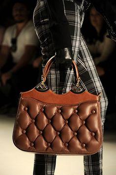 Bolsas-Rogerio-Lima-2.jpg (426×640) purse trend fashion brown cool