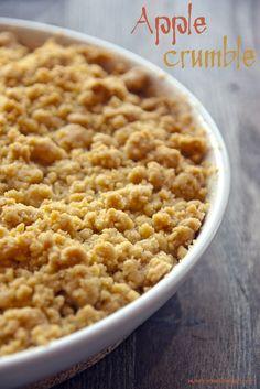 Sweet Corner: Jabłka pod kruszonką - Apple crumble {UK} Delicious Desserts, Dessert Recipes, Sweet Corner, Wine Recipes, Macaroni And Cheese, Sweet Tooth, Deserts, Sweets, Apple