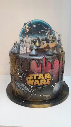 Star Wars Galaxy drip cake