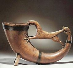 "Viking mead horn looks like it's saying ""oh no you dont"" Ancient Vikings, Norse Vikings, Real Vikings, Viking Life, Viking Art, Viking Drinking Horn, Viking Culture, Old Norse, Norse Symbols"