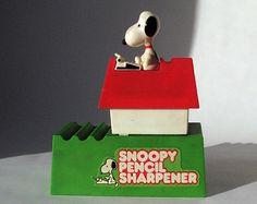 Vintage Snoopy pencil sharpener | Vintage- Snoopy - Peanuts - Pencil Sharpener - 1973