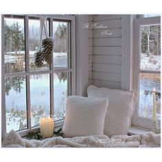 The Christmas Nook ❤ liked on Polyvore featuring christmas, photos, backgrounds, christmas background and interiors