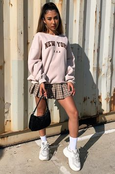 New york Jumper - Beige – Thats So Fetch Swaggy Outfits, Cute Casual Outfits, Outfits For Teens, Fall Outfits, Summer Outfits, Fashion Outfits, Cool Girl Outfits, Modern Style Outfits, Outfits For Rainy Days