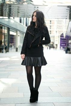 25 All-Black Fall Outfits That are Anything But Basic Trendy Outfits, Winter Outfits, Fashion Outfits, Casual Outfits For Girls, Fashion Ideas, Basic Outfits, Unique Outfits, Fashion Clothes, Cute Outfits