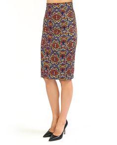 #Юбка-карандаш всегда кстати. Модель из коллекции #KaosJeans украшает яркий графический #принт, который привлекает внимание. С нарядным кроп-топом получится идеальный вариант для вечеринки, с однотонной блузой - подходящий  комплект для деловых встреч. Skirts, Fashion, Moda, Fashion Styles, Skirt, Fasion, Skirt Outfits, Dresses