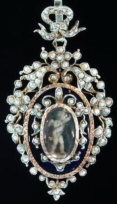 Georgian Cupid Pendant by adinantiquejewellery