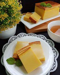 Resep dessert enak Instagram Yummy Snacks, Snack Recipes, Dessert Recipes, Cooking Recipes, Yummy Food, Cake Recipes, Cooking Time, Prawn Recipes, Indonesian Desserts