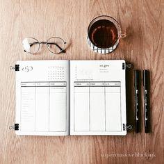 Bullet journal weekly layout, vertical layout, weekly steps tracker. @supermassiveblackink