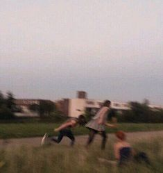 blurry pics are my aesthetic tbh Summer Aesthetic, Aesthetic Photo, Aesthetic Pictures, Retro Aesthetic, Good Vibe, My Vibe, Friend Goals, My Friend, Rite De Passage