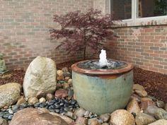 Wasserspiel Selbst Bauen Kunstrasen Garten
