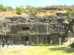 Caves, forts and temples! Experience Chattisgarh Tourism as never before. http://www.easyhols.com/EasyHols/india-tourism/chhattisgarh-tourism.html