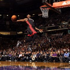@KingJames finished last night's game in Sacramento with 33 points, totaling 21,819 in his career. In doing so, LeBron surpassed Larry Bird (21,791) and Gary Payton (21,813) to claim sole possession of 29th place on the NBA's All-Time scoring list. Join us in congratulating LeBron on yet another milestone!