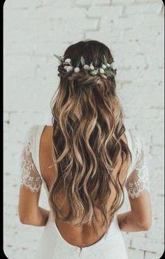 Wedding Hairstyles Half Up Half Down, Wedding Hair Down, Wedding Hair Flowers, Wedding Hairstyles For Long Hair, Wedding Hair And Makeup, Flowers In Hair, Hairstyle Wedding, Homecoming Hairstyles, Half Up Half Down Bridal Hair