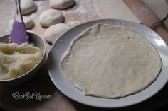 Ζύμη για χωριάτικο φύλλο ⋆ Cook Eat Up! Cheese Pies, Keto Cheesecake, Greek Recipes, Icing, Recipies, Dairy, Food And Drink, Appetizers, Cooking Recipes